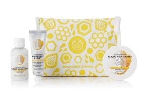 soothing-almond-milk-honey-delights-bag-1060110-soothingalmondmilkhoneydelightsbag-1-640x640